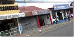 Stores in Limon